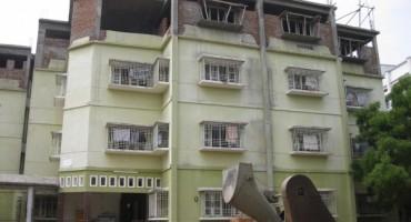 Hostel-4-585x440