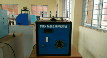 TURN TABLE APPARATUS